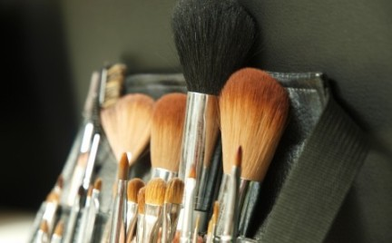 Pędzle które powinny się znaleźć w damskiej kosmetyczce