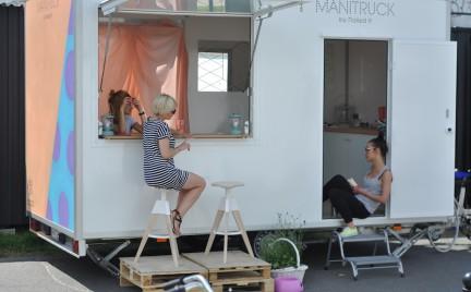 Super pomysł: ManiTruck czyli salon na kółkach