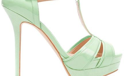 Musisz to mieć: miętowe sandały Zara