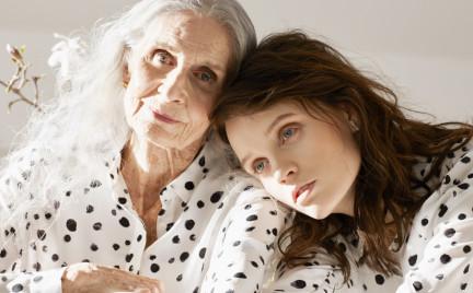86-leetnia Daphne Selfe najstarsza supermodelka świata w kampanii Vans dla Other Stories