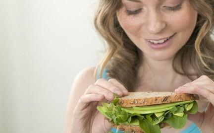 Jedzenie może mieć wpływ na przedwczesne starzenie