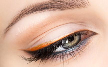 Makijaż: Pomarańczowo-złota kreska