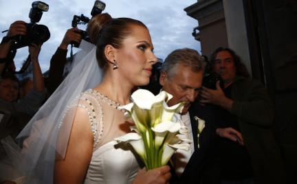 Ola Kwaśniewska wyszła za mąż. W sukni od Sabriny Pilewicz.