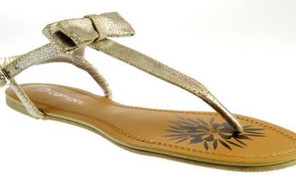 Lato z błyskiem - sandały Camaieu