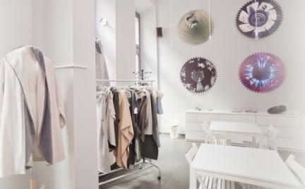 Slow Fashion Cafe nauka szycia przy kawie i szarlotce