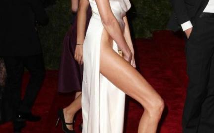 Walka na nogi: Angelina Jolie czy Anja Rubik