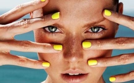 Manicure Flash: manicure na sezon plażowy 2012