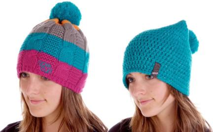 Zimą w kolorowej czapce