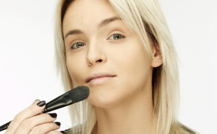 10 makijażowych błędów Polek