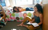 Wyprawka studentki czyli jak urządzić pokój we wspólnym mieszkaniu na stancji lub w akademiku