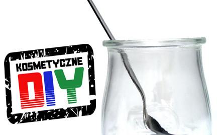 Zrób to sama Kosmetyczne DIY: lawendowo-rumiankowe mleczko oczyszczające