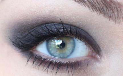 Makijaż: Guerlain 2011 smoky i czerwone usta