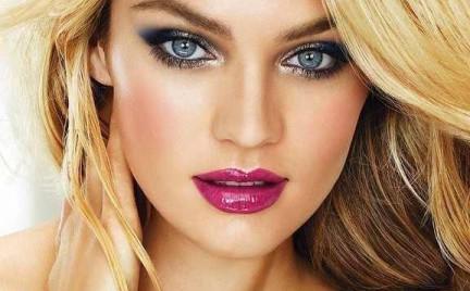 Krok po kroku: Rozświetlający makijaż w stylu Candice Swanepoel
