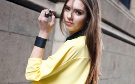 W modnych pastelach: bluzka Romwe