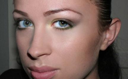 Makijaż 189 - zielone akcenty