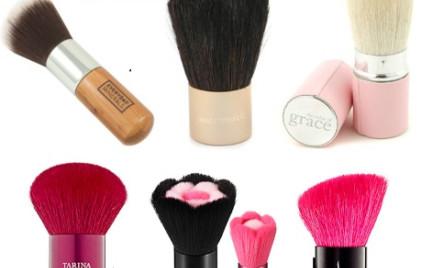 Tajemnice kosmetyków: pędzle do makijażu pędzel kabuki