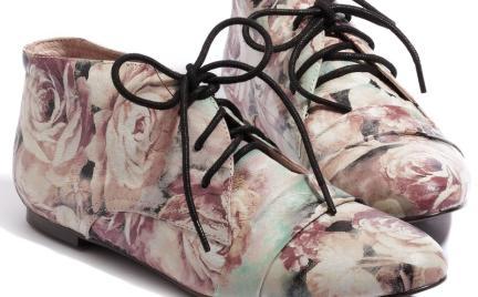 Jak ci się podobają: różane buty Reserved